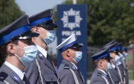 Funkcjonariusze policji podczas obchodów Święta Policji