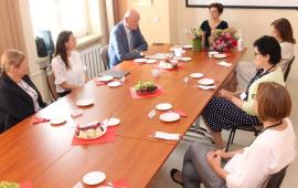 Na zdjęciu spotkanie prezydenta Torunia Michała Zaleskiego z nową i byłą dyrektor MPS