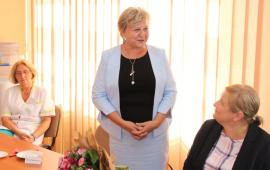 Na zdjęciu dyrektor Wydziały Zdrowia i Polityki Społecznej Izabela Miłoszewska przemawia