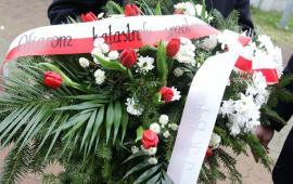 Na zdjęciu: wieniec kwiatów