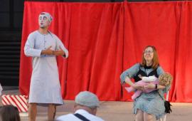 Na zdjęciu aktorzy biorący udział w spektaklu