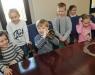 Zdjęcie z galerii Przedszkolaki w sali Rady Miasta Torunia