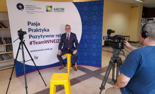 """Na zdjęciu: trwa nagranie odcinka cyklu Projekt """"Start-up Toruń"""""""
