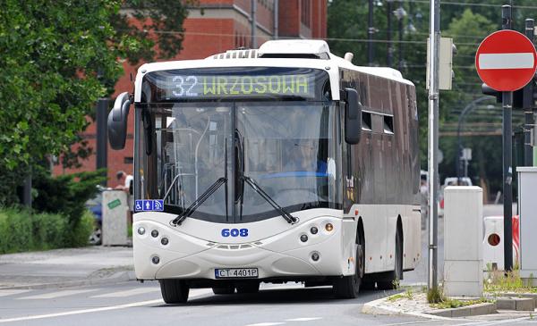 Autobus 32 na Wałach gen. Sikorskiego