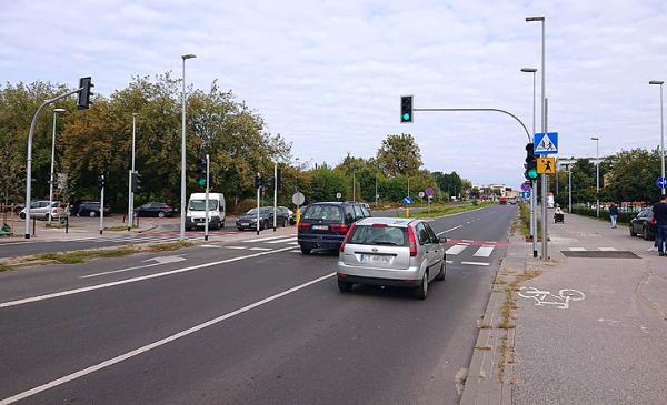 Przejście w ulicy Bema z sygnalizacją świetlną, fot. MZD