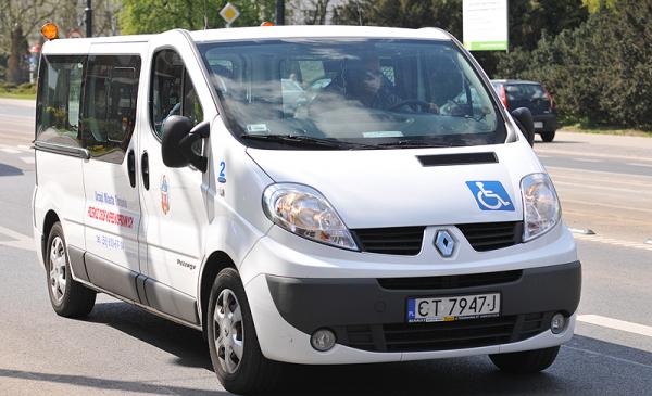 samochód transportu dla niepełnosprawnych, fot. Małgorzata Litwin