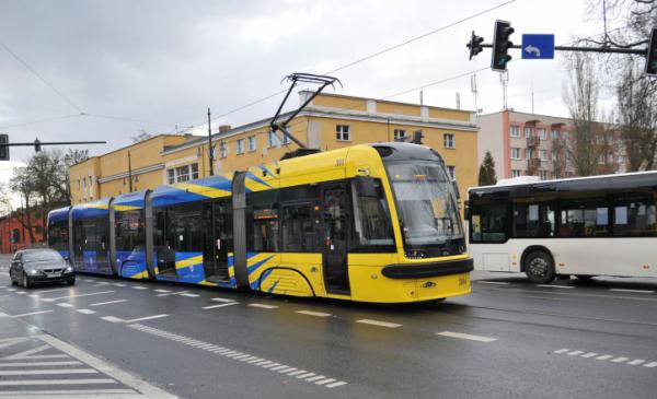 Na zdjęciu: tramwaj linii nr 1