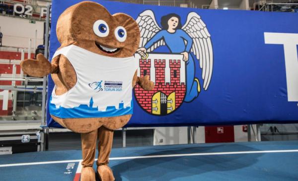 Na zdjęciu widac maskotkę Halowych Mistrzostw Europy w Lekkiejatletyce <a href=