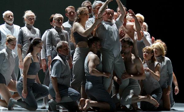 zdjęcie ze spektaklu otwierającego Kontakt 2018, fot. Magdalena Kujawa