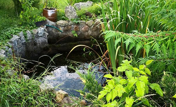 wymurowany zbiornik do gromadzenia wody opadowej