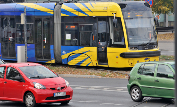 Utrudnienia w ruchu autobusów i tamwajów