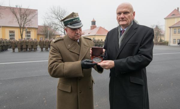 Medal Thorunium dla CSAiU