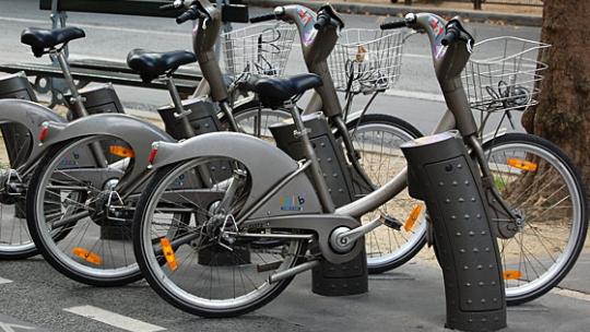 Wybierz 10 lokalizacji dla rowerów