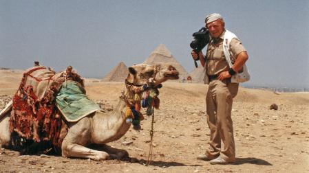 Tony Halik z wielbłądem