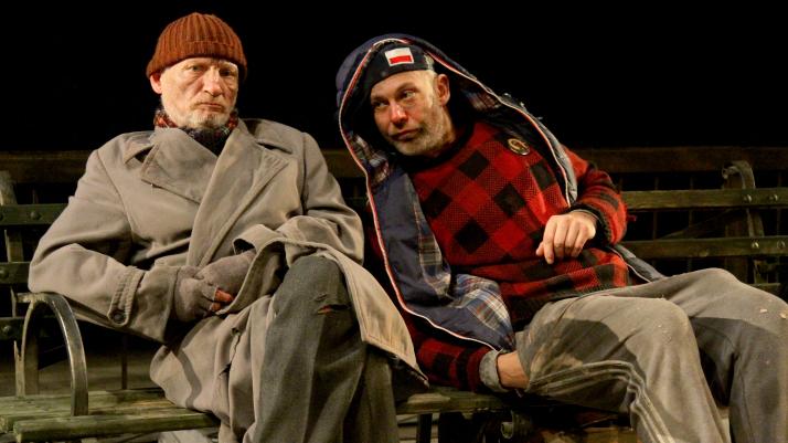 na zdjęciu Paweł Tchórzelski jako Sasza i Bartosz Woźny jako Pchełka