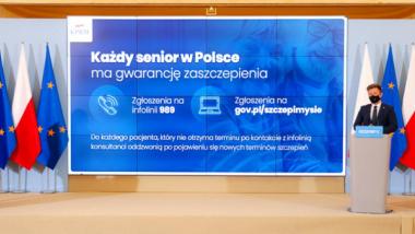 Na zdjęciu widać slajd pokazywany podczas konferencji prasowej KPRM