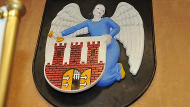 Herb miasta Torunia z aniołem