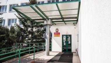 Wejście do Urzędu Pracy w Toruniu