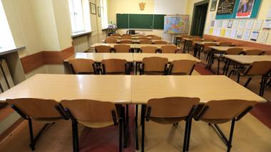 zdjęcie klasy w szkole