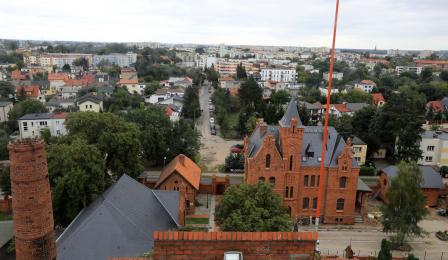 Na zdjęciu: widok z okna wieży ciśnień na Chełmińskie Przedmieście